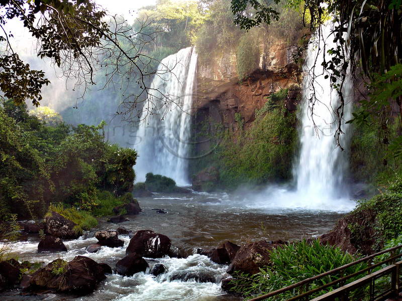 Las Dos Hermanas Saltos Waterfalls